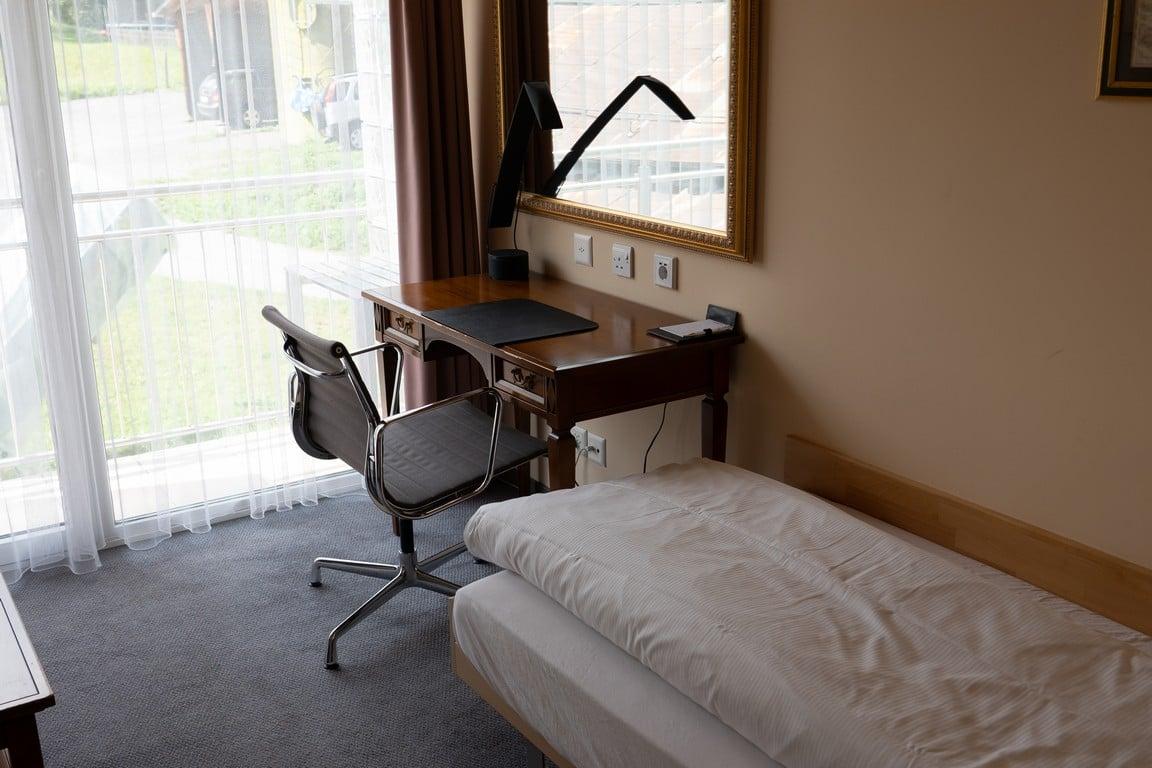 1.Single Room Comfort-9-resized