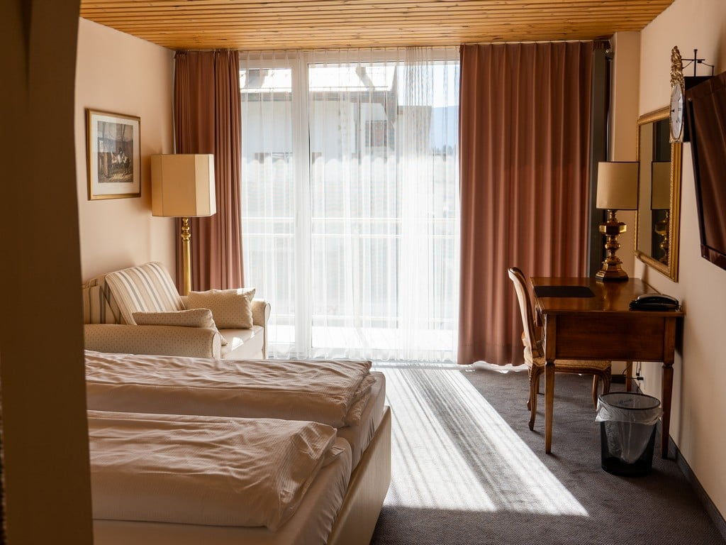 Double_Room_Mountain_Panorama
