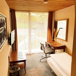 1.Single Room Comfort-1-H250